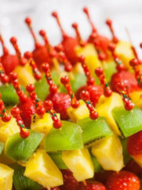 Brochettes de fruits frais (3 fruits)