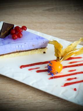 Mousse violette, ganache chocolatée